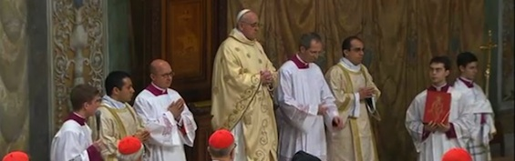 Francis-Sistine-1-565